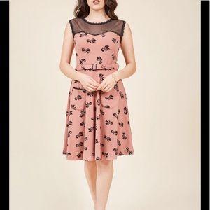 ModCloth Effie's Heart bow skirt